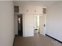 迎宾路东仓街小区,电梯新装未入住,三室两厅楼层好。
